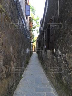 狭い通りの写真・画像素材[793832]