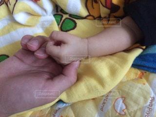 赤ちゃんの手の写真・画像素材[794448]