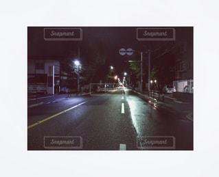 夜の道路標識の写真・画像素材[795214]