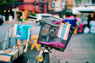 自転車と国旗の写真・画像素材[798864]