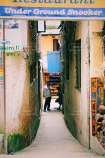 ネパールの路地の写真・画像素材[875642]