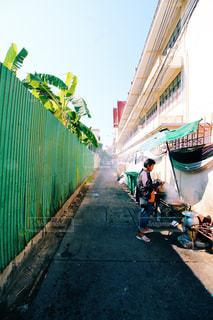 バンコクの裏路地の写真・画像素材[902825]