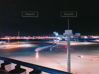 夜の街の景色の写真・画像素材[795706]