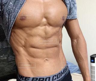 男性の筋肉の写真・画像素材[2739520]