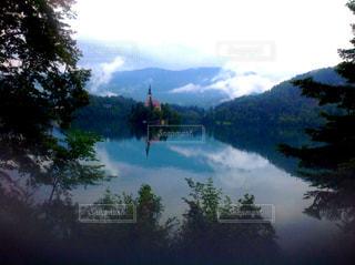 スロベニア  ブレッド湖の写真・画像素材[824152]