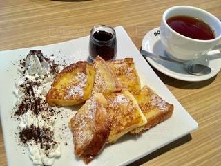 食品とコーヒーのカップのプレート - No.796597