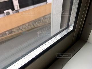 ペアガラスの窓の写真・画像素材[807616]