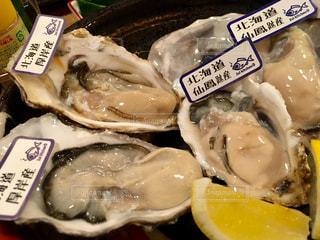 牡蠣食べ比べの写真・画像素材[810737]