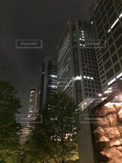 背の高い建物の写真・画像素材[804990]