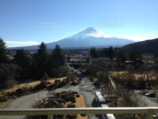 雪の覆われた山々 の景色の写真・画像素材[798923]