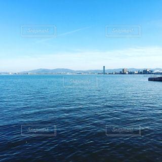 琵琶湖は青く大きいの写真・画像素材[804746]