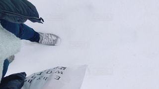 ふわふわの雪の写真・画像素材[1042866]