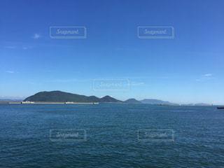 瀬戸内海、フェリーからの眺めの写真・画像素材[801797]