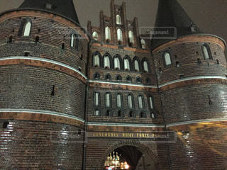 リューベックのホルステン門の写真・画像素材[805008]