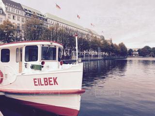 アルスター湖のボート🚤の写真・画像素材[807016]
