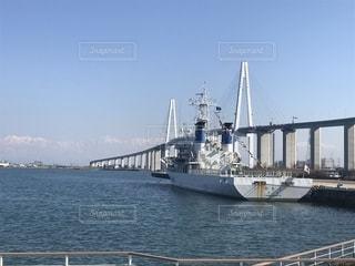 橋と船の写真・画像素材[1841624]