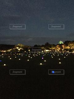 夜の街の景色の写真・画像素材[802999]