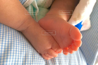 赤ちゃんの手の写真・画像素材[805453]