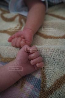 赤ちゃんの手 - No.805454