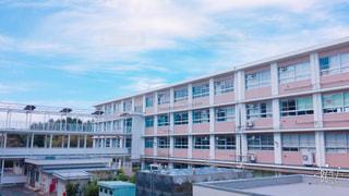 大きな白い建物 - No.806443