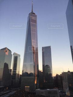 市では、背の高い塔の写真・画像素材[806530]