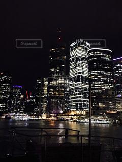 夜の街の景色の写真・画像素材[807318]