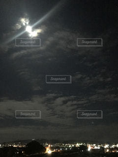 秋の夜空の写真・画像素材[807675]