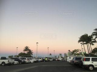 駐車場に駐車の写真・画像素材[810786]