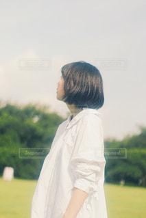 立っている人の写真・画像素材[1383420]