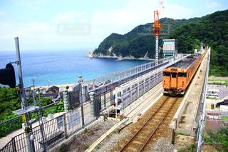 鋼のトラックの列車の写真・画像素材[811014]