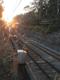 鋼のトラックの列車の写真・画像素材[1072160]