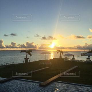 石垣島のホテルから見た夕陽 - No.814061