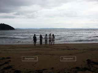 ビーチでの青春の1ページの写真・画像素材[818576]