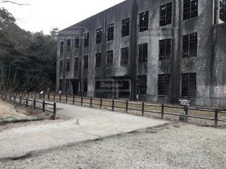 廃墟と化した学校の写真・画像素材[822416]