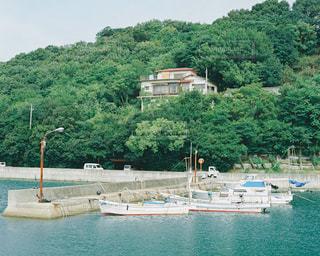 船と家の写真・画像素材[815462]