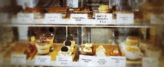 たくさんの種類のケーキの写真・画像素材[858151]