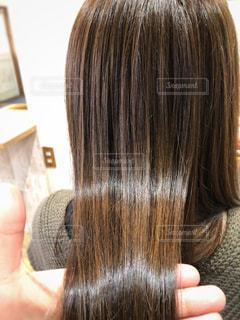ツヤツヤの髪をもつ写真の写真・画像素材[1046052]