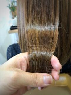 ツヤのある髪を持っている写真の写真・画像素材[1359767]
