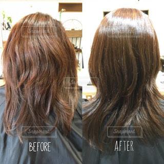 髪質改善のビフォーアフター写真ですの写真・画像素材[1526978]