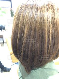 髪質改善後のツヤのある髪の写真・画像素材[1543576]