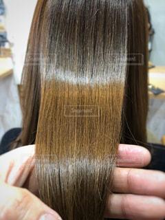 髪質改善後のツヤ髪写真の写真・画像素材[1860827]