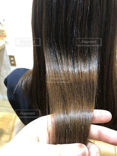 ストレートのツヤのある髪の写真です♪の写真・画像素材[2180838]