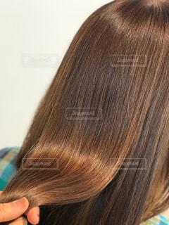 美髪を持つ写真です♪の写真・画像素材[2198608]