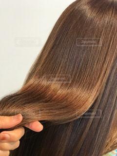 美髪を持つ写真です♪の写真・画像素材[2198612]