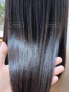 ツヤツヤの髪を持つ写真の写真・画像素材[4642694]
