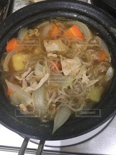 料理下手が作る素朴な肉じゃがの写真・画像素材[817628]