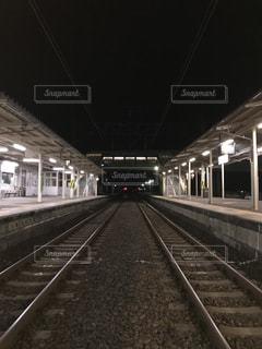 鉄道の駅に引いての写真・画像素材[822624]