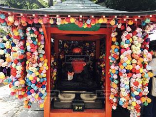 カラフルなお寺 - No.817915