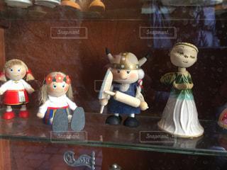 タリン旧市街で見かけた、かわいい人形の写真・画像素材[842301]