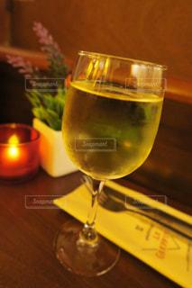 グラスワインの写真・画像素材[873949]